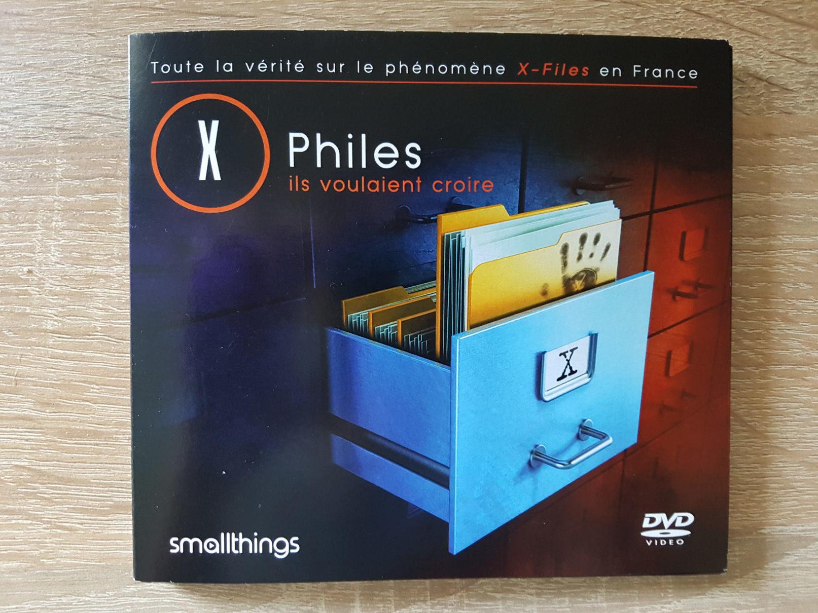 x-files - Détails du DVD X-Philes, Ils Voulaient Croire, premier documentaire Smallthings xphiles dvd documentaire 2 rotated e1588854865713